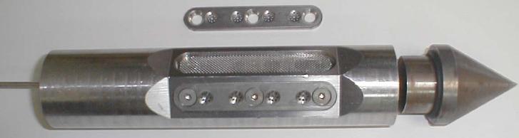 Large simple holes sampler